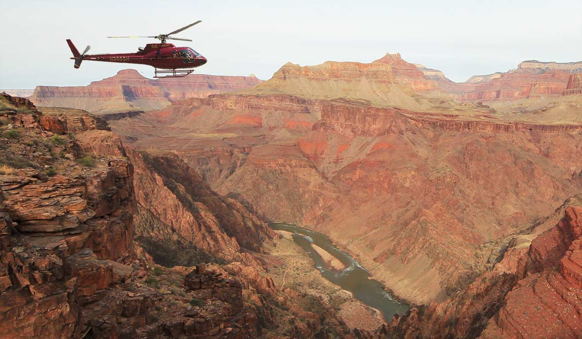 grand canyon from helicopter over las vegas with Voiture on Grand Canyon Helicopter And Valley Of Fire Ch agne Landing Flight in addition Dygcairmongd likewise Flightlinez Bootleg Canyon Zipline Adventure And Grand Canyon Flight also Grandcanyontour pany likewise Amazing Sunrises Sunsets Grand Canyon.